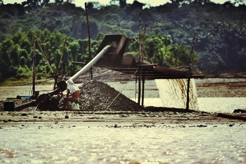 charancera worker